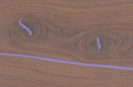 mafi CHÊNE Corail Vulcano avec noeuds lame large violet. brossé  |  huilé blanc de mafi | Sols en bois