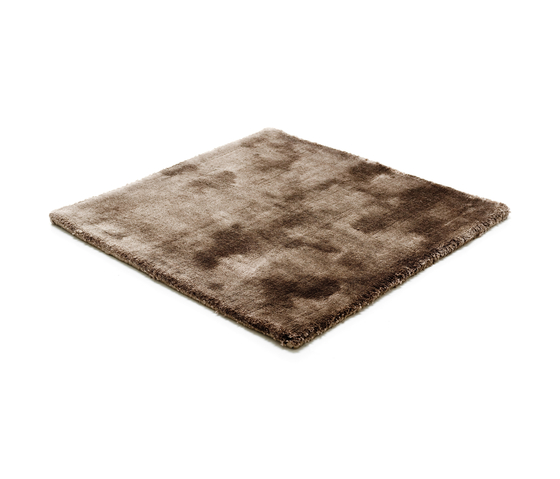 Studio NYC Low Cut pirate black by kymo | Rugs / Designer rugs