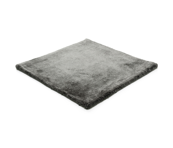 Studio NYC Low Cut deep anthracite by kymo | Rugs / Designer rugs