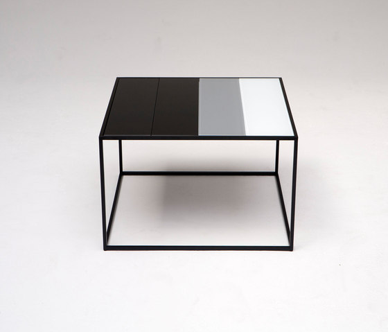 Keys Complement Table by Phase Design | Coffee tables