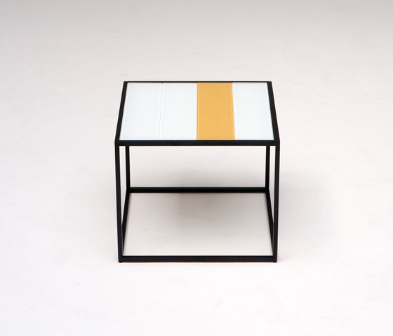 Keys Side Table de Phase Design | Tables d'appoint