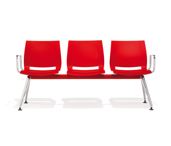 2000/5 uni_verso by Kusch+Co | Waiting area benches