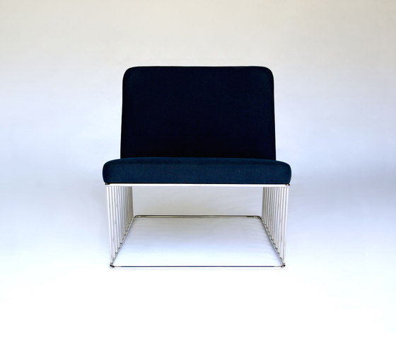 Wired Italic Lounge Chair de Phase Design | Fauteuils