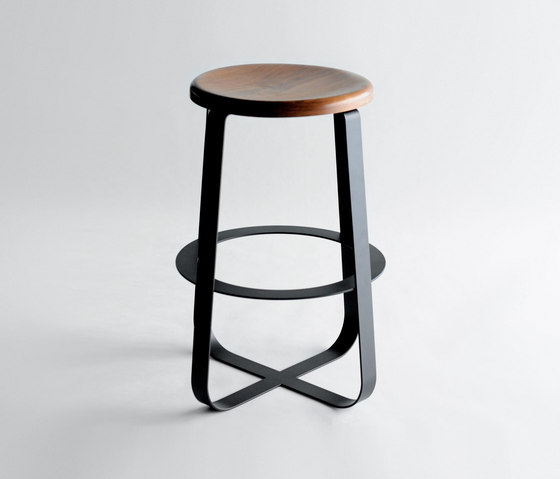 Primi Counter Stool von Phase Design | Barhocker