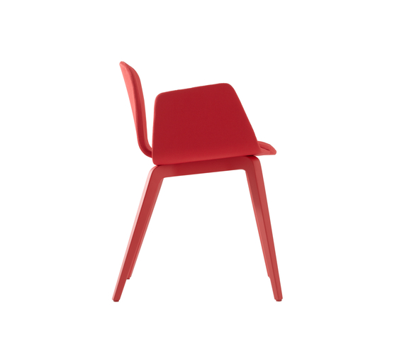 Bob XL Wood Chair with Armrests by ONDARRETA | Visitors chairs / Side chairs