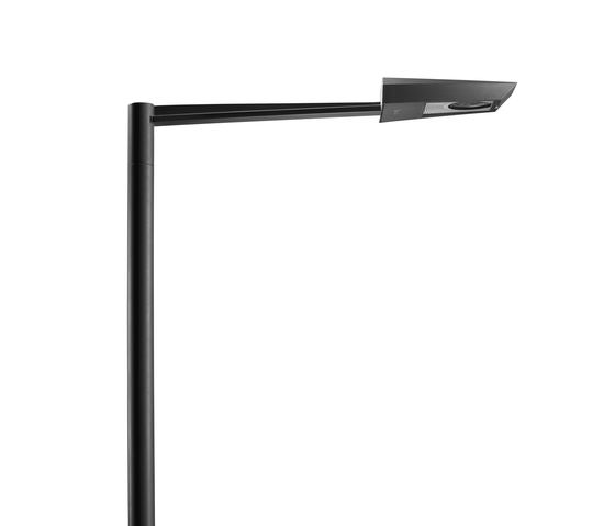 Pasadena L Luminaire with bracket single by Hess | Path lights