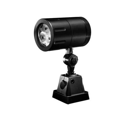 Tapia HP Spot projector by Hess | Spotlights