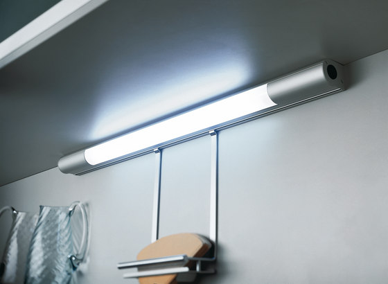 Boston fluorescent under cabinet luminaire with switch de - Luminaire sous meuble ...
