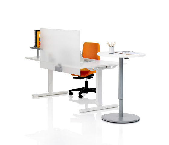 Spot Desk screen by Martela | Table dividers