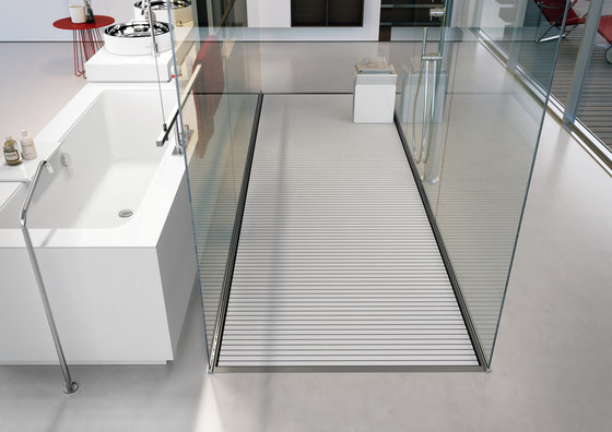 Steel by MAKRO | Shower trays