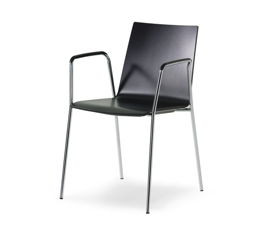 update_b Stacking chair de Wiesner-Hager | Chaises polyvalentes