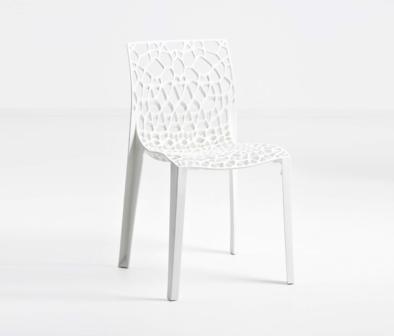 Coral by Workware | Restaurant chairs