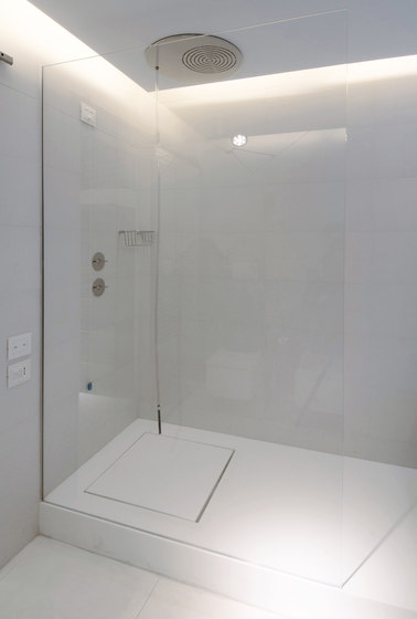 STARON® Shower tray by Staron | Shower trays