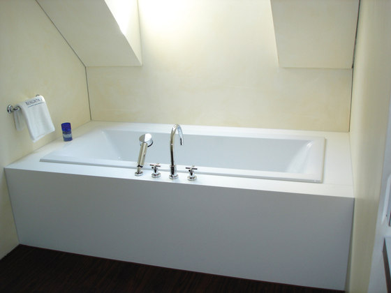 STARON® Bathtub by Staron | Built-in baths
