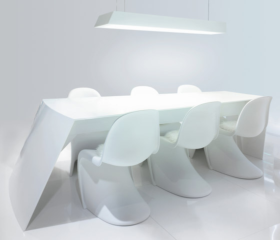 STARON® Table by Staron | Dining tables