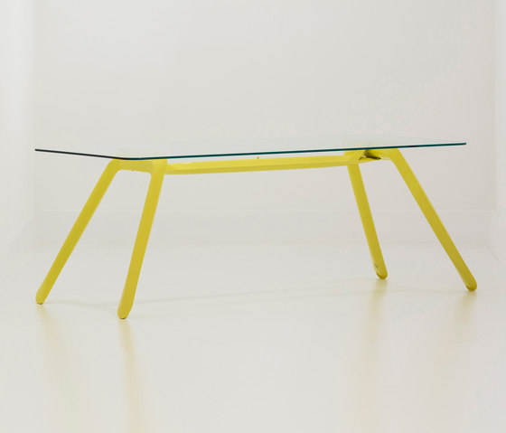 Nogi | yellow de Zieta | Caballetes de mesa