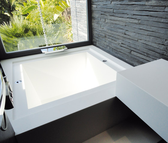 STARON® Bathtub by Staron | Built-in bathtubs
