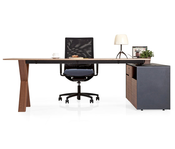 Partita by Koleksiyon Furniture | Individual desks