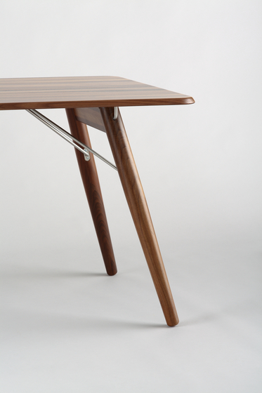 HOLZER table by LÖFFLER | Dining tables