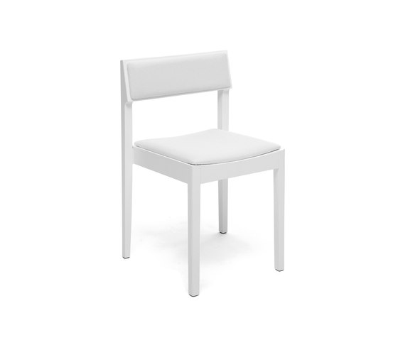 Intro upholstered versions by Inno | Restaurant chairs