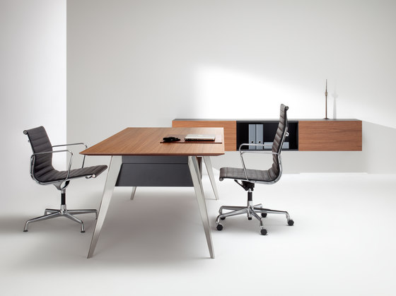 LinieM by Müller Manufaktur | Executive desks