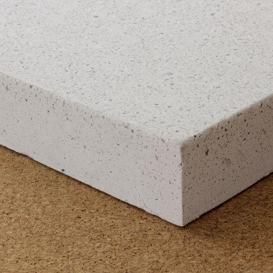 Precast concrete with ultrawhite cement, acid etched von selected by Materials Council | Beton