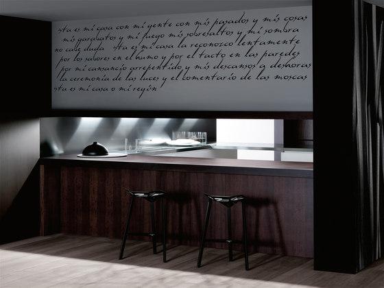 Diez blanco seeateng by DOCA   Fitted kitchens