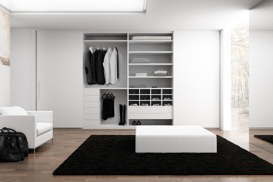 Sevilla blanco by DOCA | Cabinets