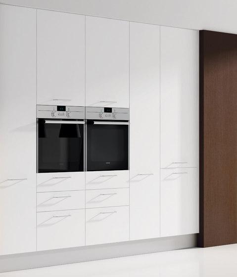 2000 blanco roble natur di DOCA | Cucine a parete