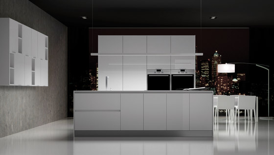 Parma blanco brillo by DOCA | Fitted kitchens