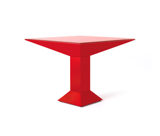 Mettsass by BD Barcelona | Restaurant tables