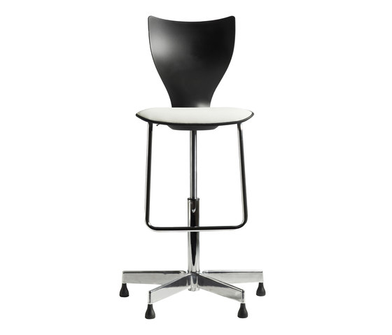 Cobra by LABOFA | Counter stools