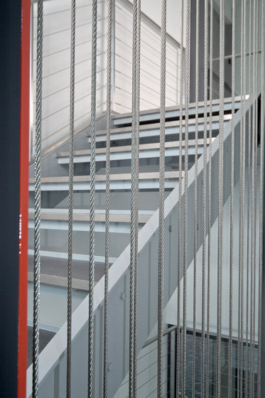 I-SYS | Stairwell by Carl Stahl | Railings / Balustrades