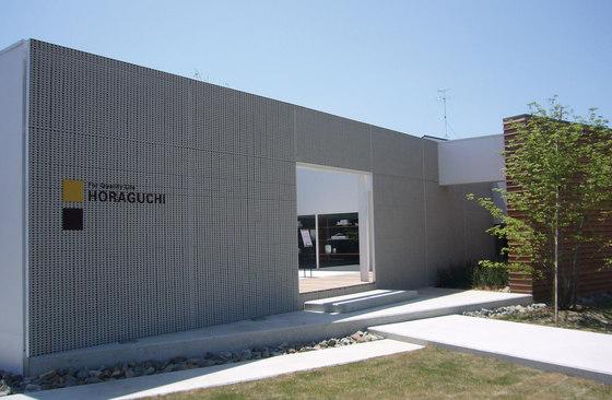 Porous model 1 wall in-situ by Kenzan | Facade design