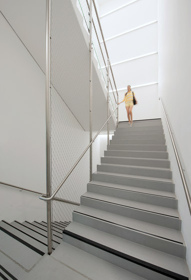X-TEND | Railing infill inside by Carl Stahl ARC | Metal weaves / meshs
