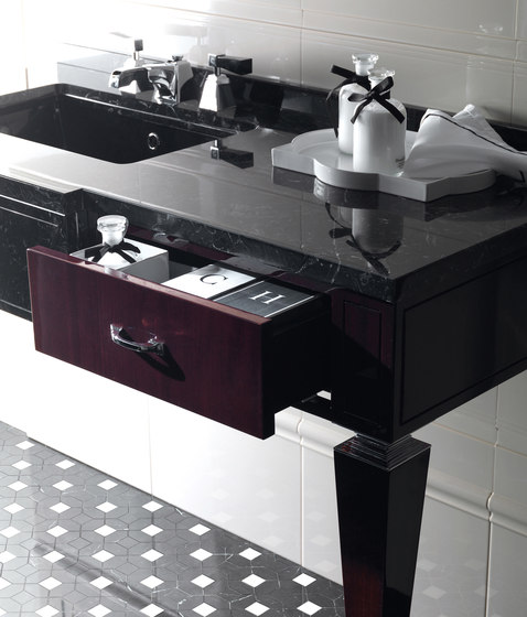 Bentley Vanity Unit by Devon&Devon | Vanity units