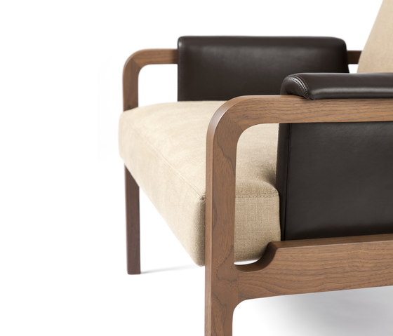 Fergus Lounge Chair di CASTE | Poltrone lounge