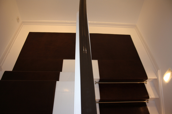 Stairrunner leather de KURTH Manufaktur | Suelos de cuero