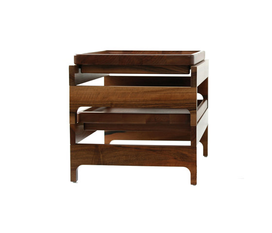 Tray Rack Side Table de BassamFellows | Trays
