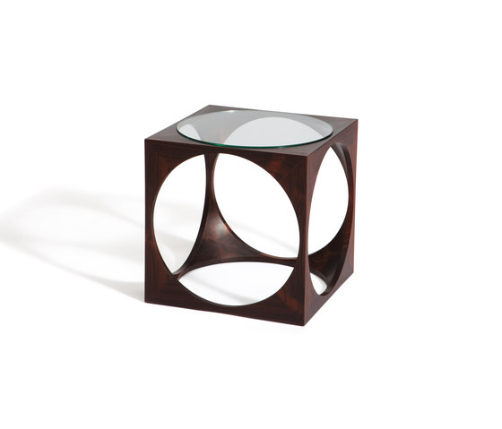 Multipurpose cubes by Gaffuri | Side tables