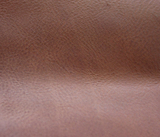 Saddled leather by KURTH Manufaktur | Natural leather
