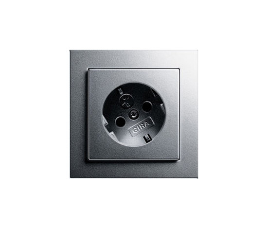 SCHUKO-socket outled twisted for 30 degrees by Gira | Schuko sockets