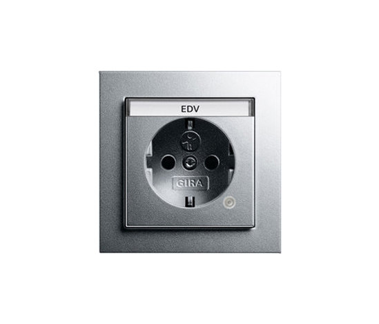 SCHUKO-socket outlet with control light | E2 by Gira | Schuko sockets