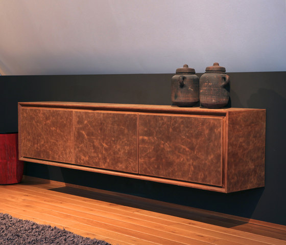 Gracia Lowboard Kommode by Made In Taunus | Sideboards