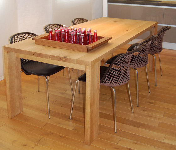 Ksenja Tisch by Made In Taunus | Dining tables