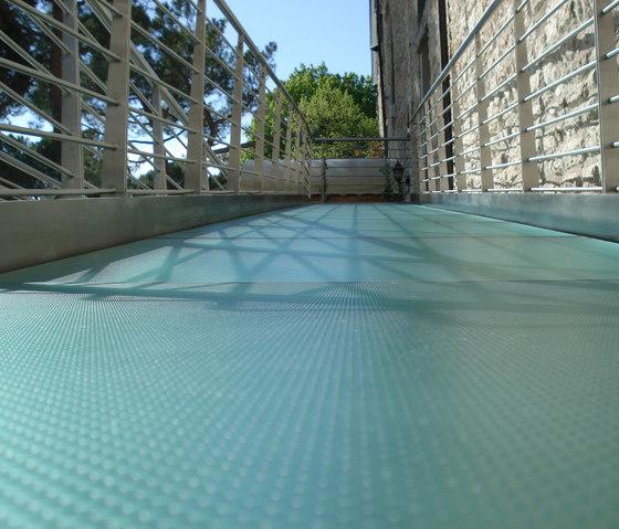 Madras® Pixel Flooring by Vitrealspecchi | Glass flooring