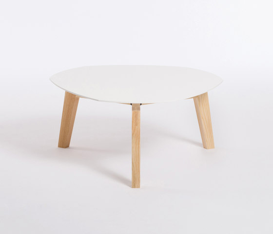 Private Space Sidetable 33 de ellenberger | Mesas de centro