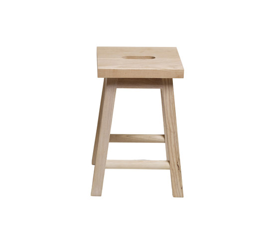 Stool Two - Walnut von Another Country | Beistelltische
