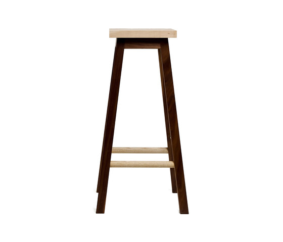 Bar Stool Two, Ash & Walnut von Another Country | Barhocker