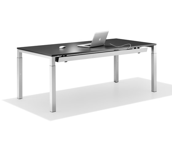 Winea Eco von WINI Büromöbel | Einzeltische